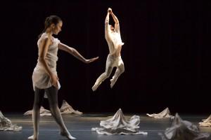 Hubbard St dancers Alice Klock and Jonny McMillan.